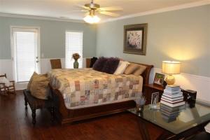 106 Antique Ct - bedroom